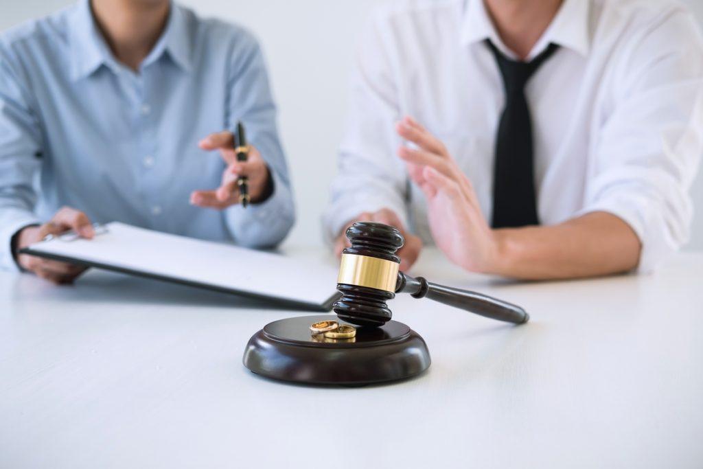 Odpowiedź na pozew rozwodowy - o czym należy pamiętać pisząc?